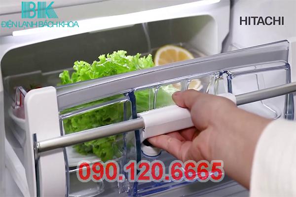 ngăn chân không tủ lạnh Hitachi 3